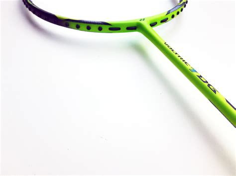Raket Yonex Voltric 10 Dg Stronger Than New Yonex Voltric Durable Grade Dg Series Takes Up To 35lbs Of Tension