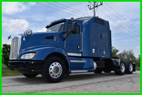 Sleeper Cab by Kenworth T660 Sleeper Cab Semi 2009 Sleeper Semi Trucks