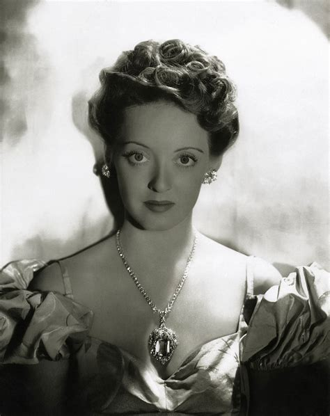 better davis love those classic movies in pictures bette davis