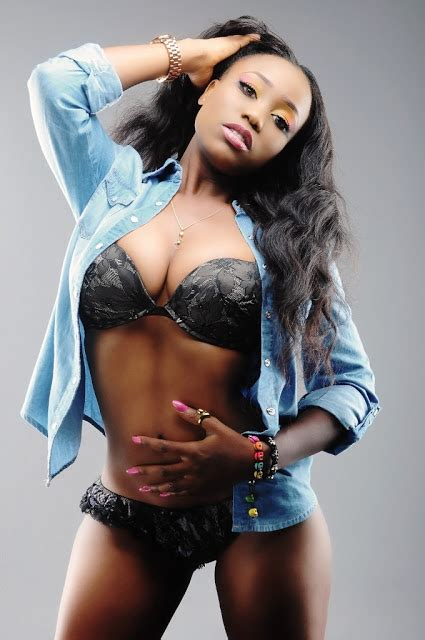 celeb singers photo female singer poses semi nude for n31m
