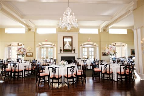 Hinsdale Community House by Pink Wedding Hinsdale Golf Club