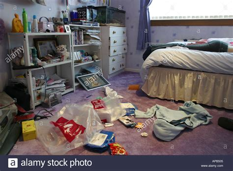 messy bedroom messy bedroom hd images daily house and home design