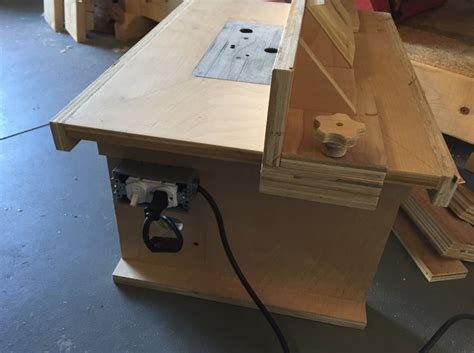 bench top router table by supercubber lumberjocks