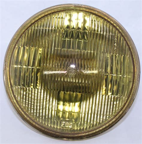 Chevy Parts » Light, Fog Amber Sealed Beam Lamp #4412A 12v