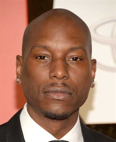 tyrese gibson tyrese gibson to return for transformers the last knight