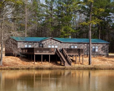 Kid Rocks Nashville Home by Kid Rock S House Goes Camo Using Wide Format Technology