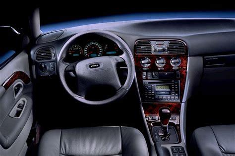 Volvo S40 2000 Interior by 2000 04 Volvo S40 V40 Consumer Guide Auto