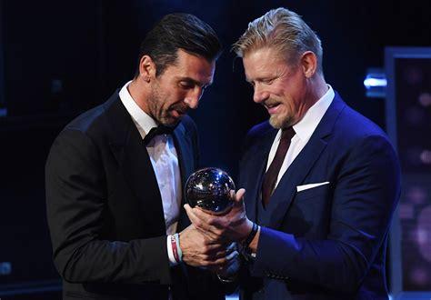 buffon portiere best fifa awards buffon miglior portiere mondo