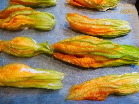 fiori di zucca con ricotta al forno fiori di zucca ripieni di ricotta e alici al forno pasta