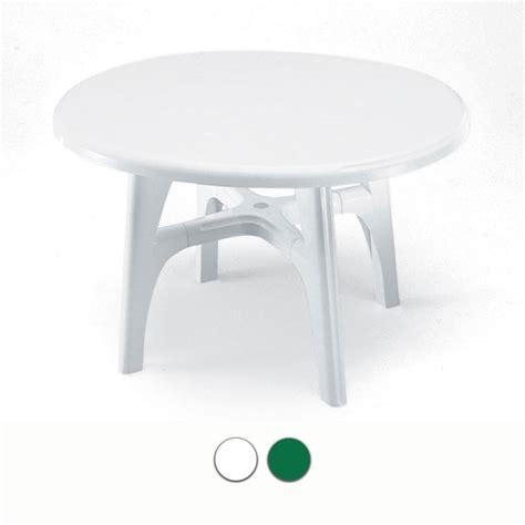 tavoli in resina da giardino tavolo da giardino ovolino in resina by scab arredo