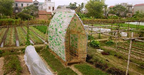 lade muro aecweb estufa de bambu no vietn 227 serve como dormit 243
