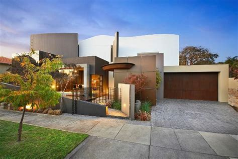 contemporary luxury homes modern luxury home in australia blairgowrie court
