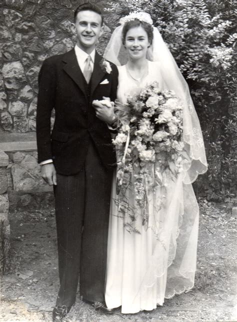 Wedding Bouquet History by Bridal Bouquet 1940s Wedding Inspiration