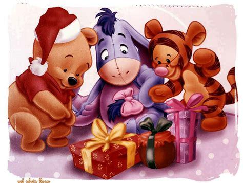 pooh con adornos navidad winnie the pooh dibujos e imagenes para winnie the pooh en navidad trato o truco