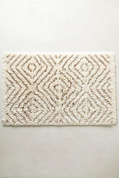 anthropologie bath rug tufts bathmat anthrofave your anthropologie favorites bathroom rugs