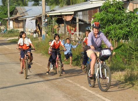 days  nights amazing bicycle   vietnam