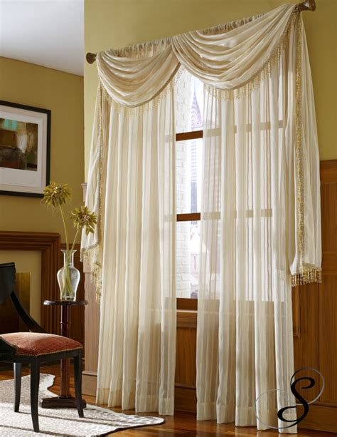 valances for living room windows 20 best images about living room curtains on pinterest