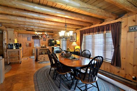 Cabin Rentals In Pittsburg Nh by Timberdoodle Cabin At Timber Lodge