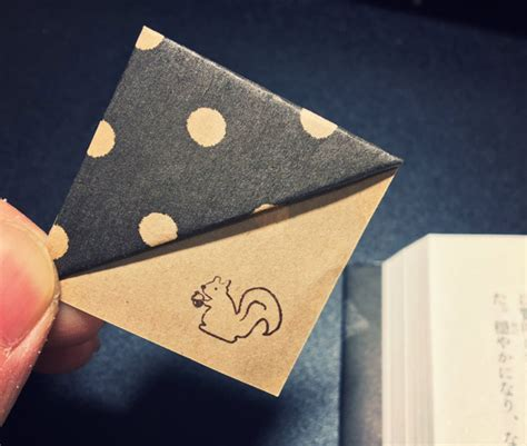 Origami Corner Bookmark - simple trick to make your own origami bookmarks bored panda