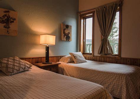 2 bedroom chalet deluxe two bedrooms chalet rental laurentians chalets
