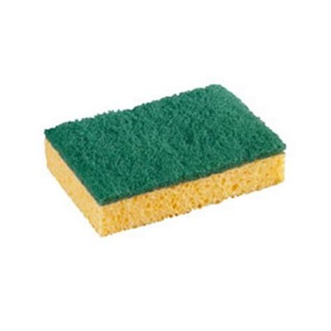 eponge de eponge avec ton de grattage vert