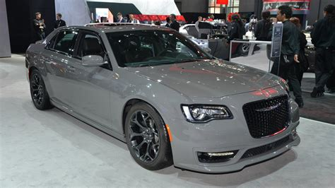 Marchionne Chrysler by Marchionne Not Ruling Out Fwd Chrysler 300
