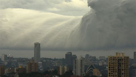 Shelf Cloud Sydney by Picture Of The Day Tsunami Cloud Sydney 171 Twistedsifter