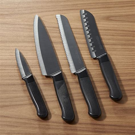 ceramic kitchen knives set kitchenaid 174 4 ceramic knife set crate and barrel