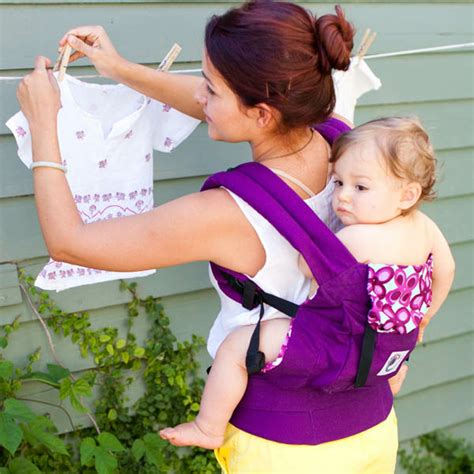 Model Gendongan Bayi 5 Bulan tips kece tipskece memilih baby carrier gendongan tanpa