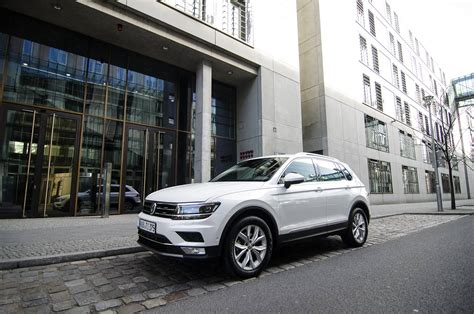 volkswagen tiguan white 2017 2017 volkswagen tiguan city test a weekend in berlin