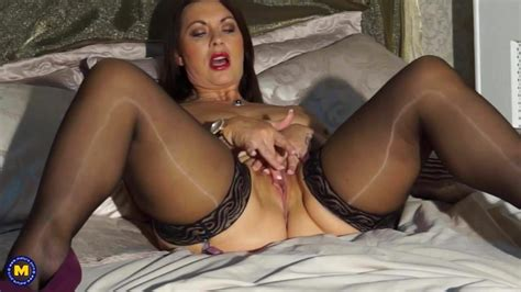 Sexy British Mom Christine With Big Natural Tits Porn 90