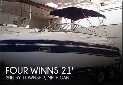 four winns boat dealers in michigan four winns sundowner boats for sale in michigan