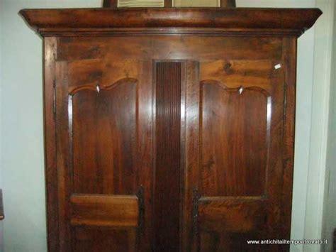 mobili stile antico prezzi armadio antico prezzo design casa creativa e mobili