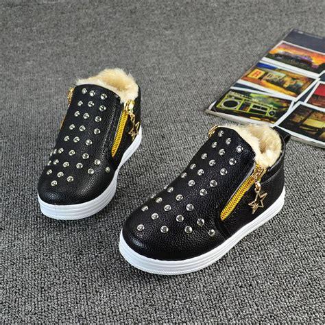 comfortable non slip shoes 2017 winter children shoes fashion rivet kids sneakers