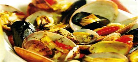 come cucinare i frutti di mare sout 232 di frutti di mare con crostini come si cucina