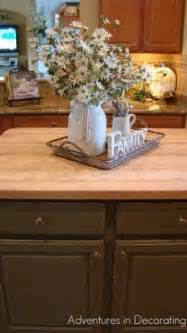 decorating a kitchen island best 20 kitchen island centerpiece ideas on
