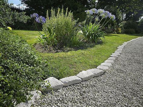 Landscape Edging For Sidewalks Landscape Edging For Sidewalks Popular Landscaping Garden
