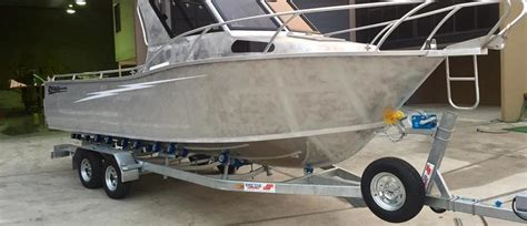 boat trailer replace wheel bearings 10 steps to replace trailer wheel bearings boat gold coast