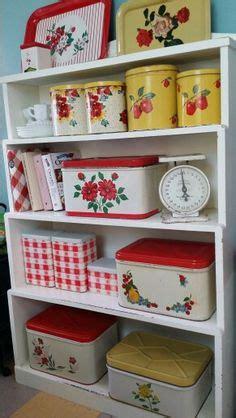 kitchen collectibles 1000 ideas about 1950s kitchen on pinterest kitchens