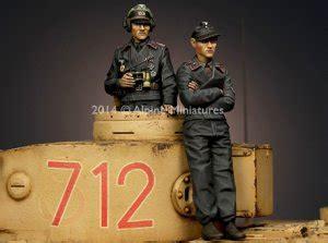 Resin Figures 135 Wss Panzer Commander Kursk 1943 ecomodelismo panzer commander set german wwii 1 35 figures