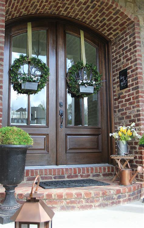 diy boxwood flower box wreath  spring