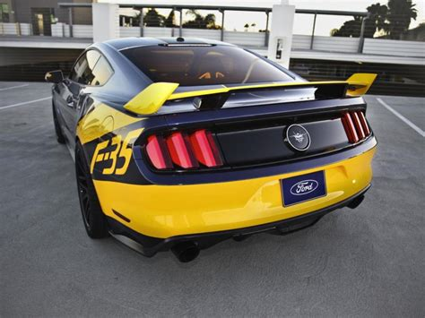 Lightning Car Company News 2015 Ford Mustang Gt F 35 Lightning Ii Edition Unveiled