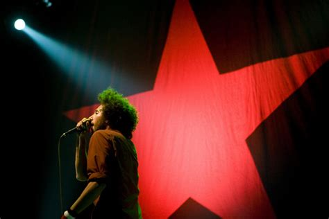 It Played Rage Zack De La Rocha In Rage Against The Machine Play The Target Center During The Rnc Zimbio