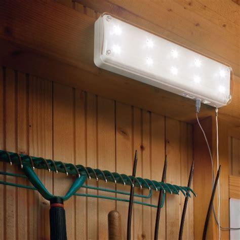 eclairage solaire led le solaire abri de jardin 10 led avec detecteur de