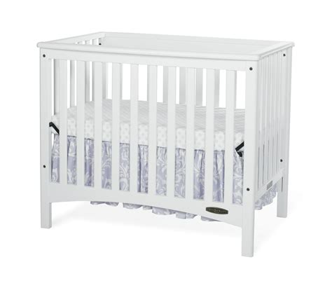 Convertible Mini Crib 3 In 1 Child Craft F50001 46 Mini 2 In 1 Convertible Crib With Mattress In White