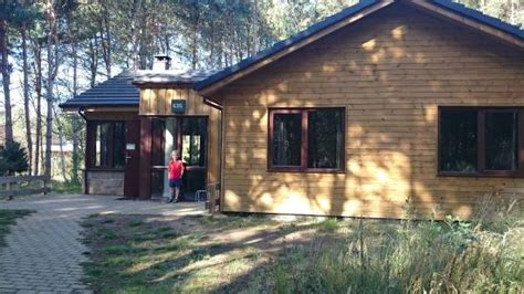 3 bedroom woodland lodge center parcs lake and pancake house picture of center parcs woburn