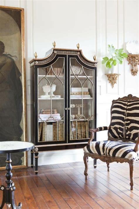 canapé style baroque fauteuil salon moderne