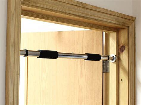 strength   build  pull  bar   doorway