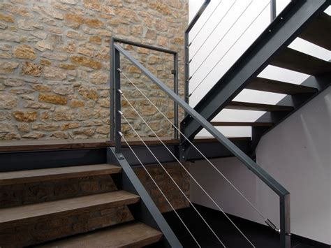 Treppengeländer Holz by Mdk Metallbau Gmbh Luxembourg Tr 228 Ume Aus Metall