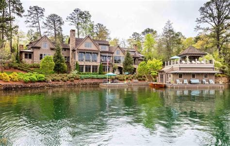 Luxury Homes Brton Country Musician Alan Jackson Selling Mansion For 6 4 Million